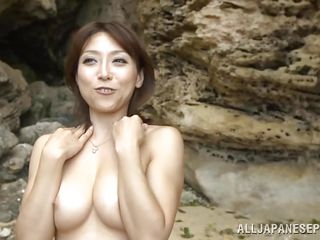 Секс на пляже частное видео